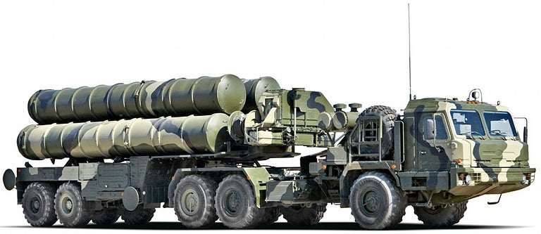 China Signs Huge Arms Deal With Russia, Buys World's Best Missile