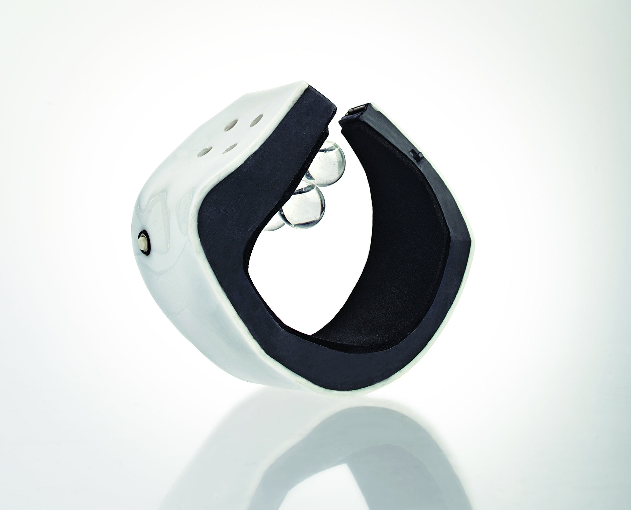 A Smartwatch That Tells Time With Scent