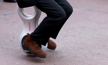 Test Drive Video: Honda's U3-X Prototype, Where Segway Meets Unicycle