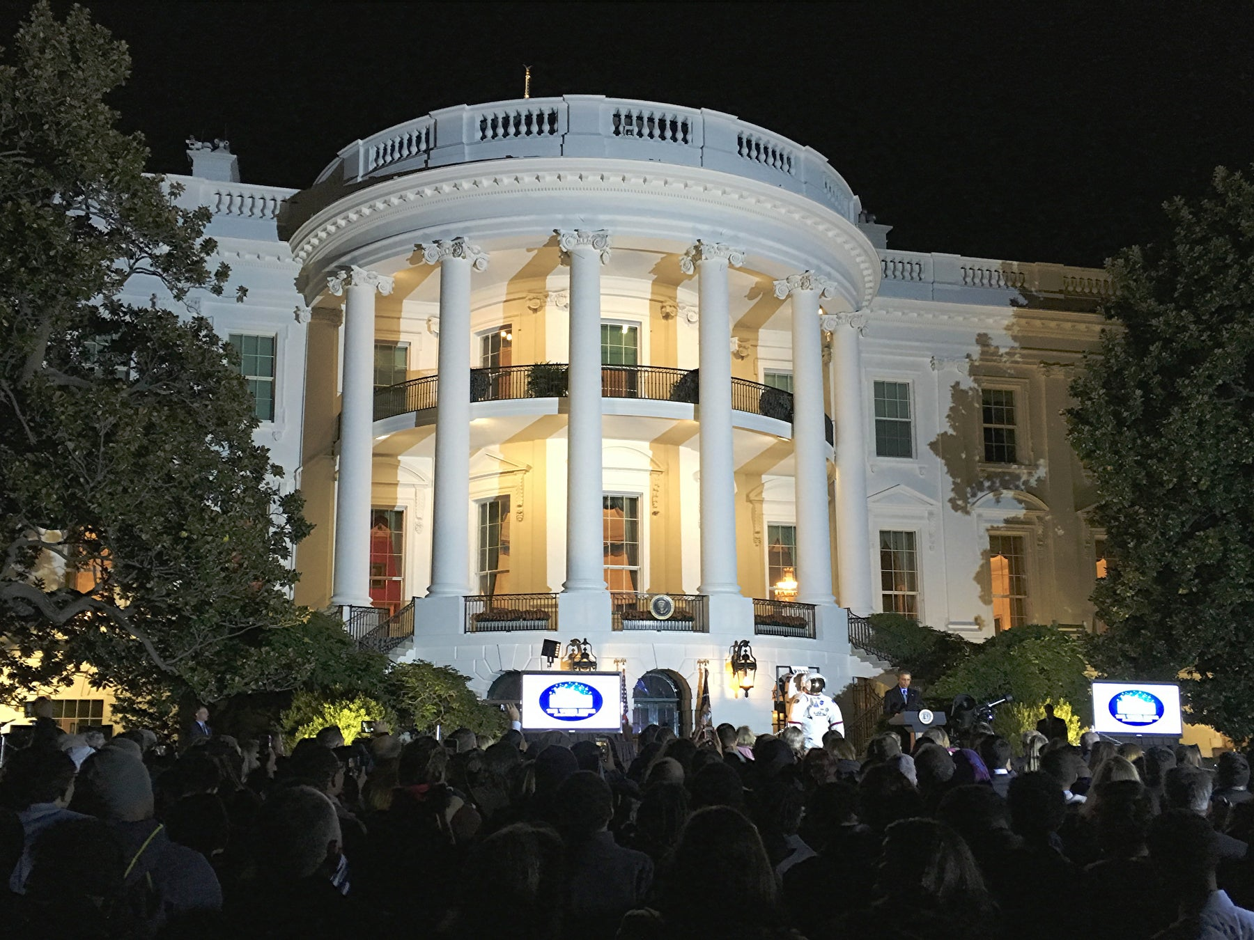 A Celestial Evening At The White House