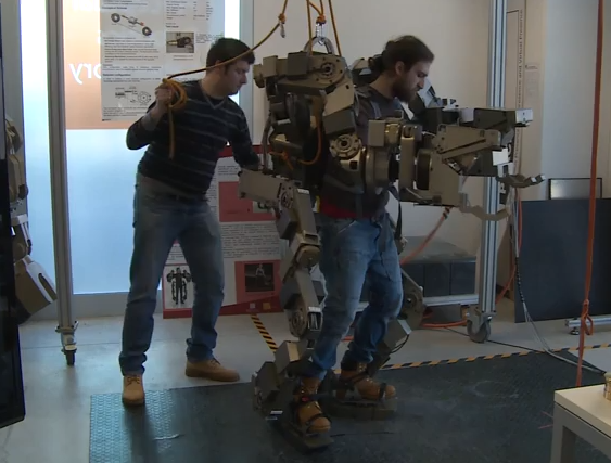 This Wearable Robot Lifts 110 Pounds In Each Hand