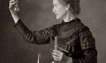 This Famous Image Of Marie Curie Isn't Marie Curie
