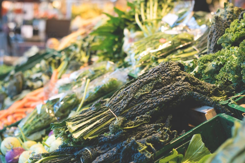 Americans keep buying veggies and then throwing them away