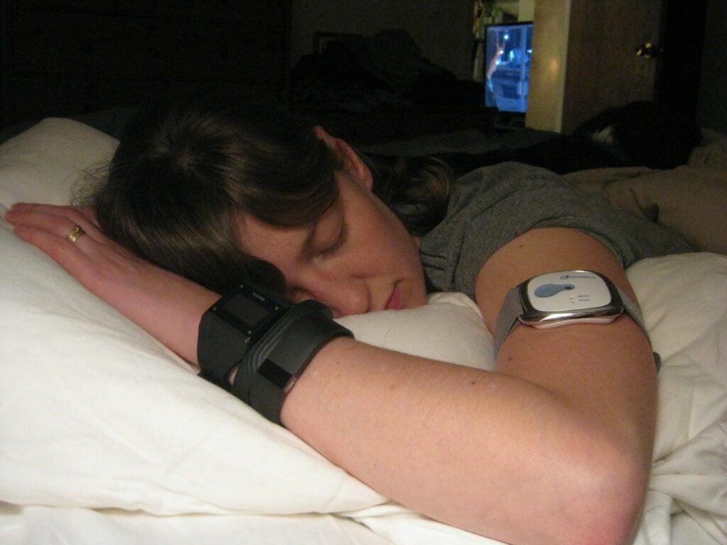 Brooke Testing Sleep Bands
