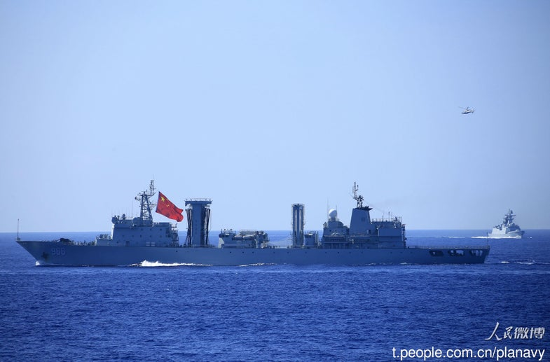 China Navy Type 903A 966 Gaoyouhu