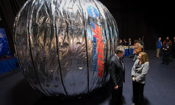Commercial Space Habitats Go For Launch In 2015