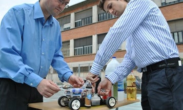 Video: Remote-Controlled Car That Runs on Aluminum Soda Can Tabs