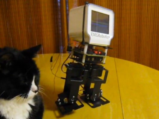 DIY Mod Turns Chumby from Sedentary Streaming Display to a Bipedal Walking 'Bot