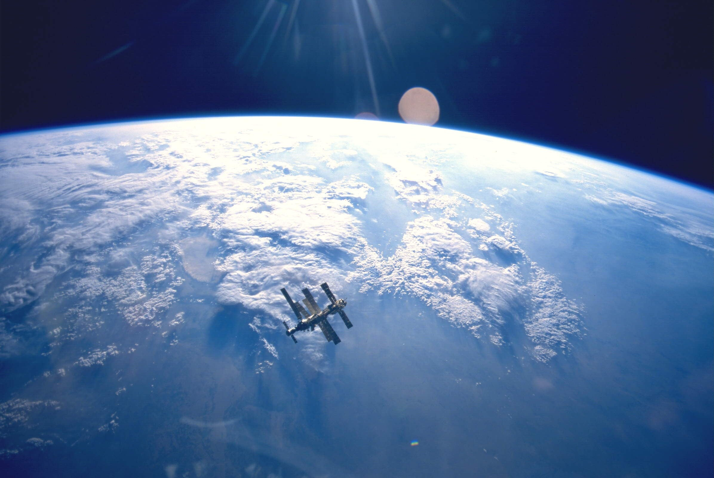 Future Job Alert: Space Junk Archeologist