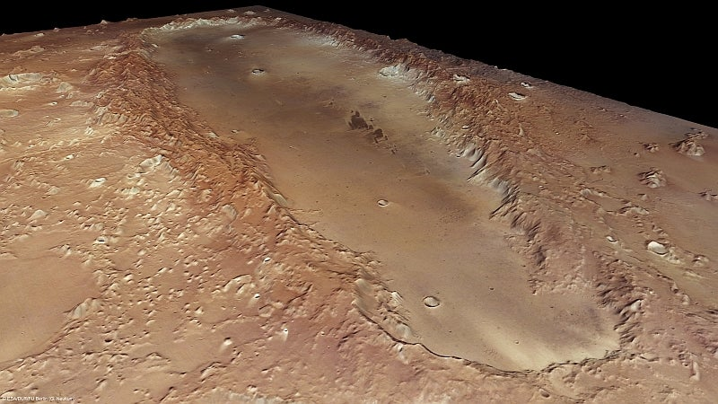 What Created This Smooth, 200-Mile-Long Trench On Mars?