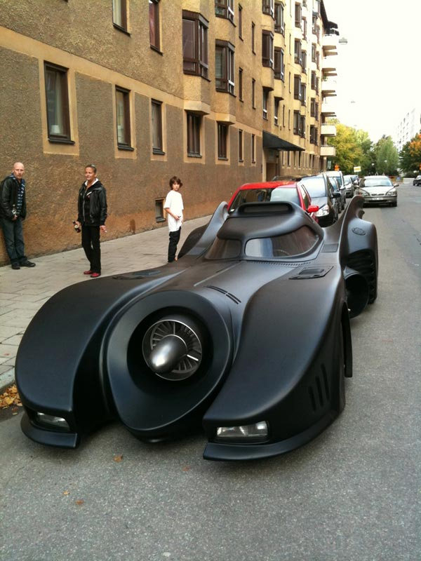 A DIY Batmobile for $1 Million, Machine Guns Included