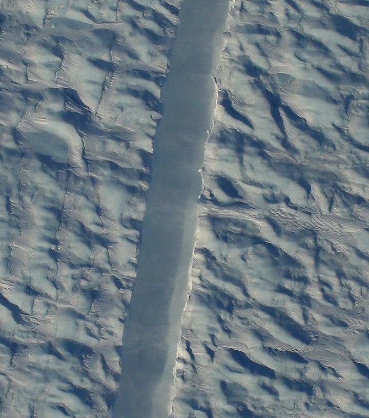 Closeup Petermann Rift