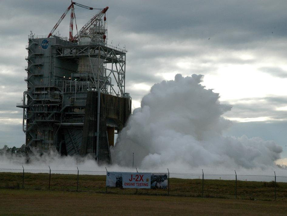 Video: NASA Test-Fires Crucial New Stage of J-2X Rocket