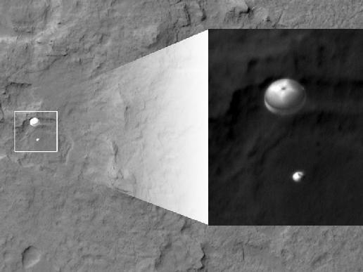 New Image Shows Mars Rover Curiosity Parachuting Toward Perfect Landing