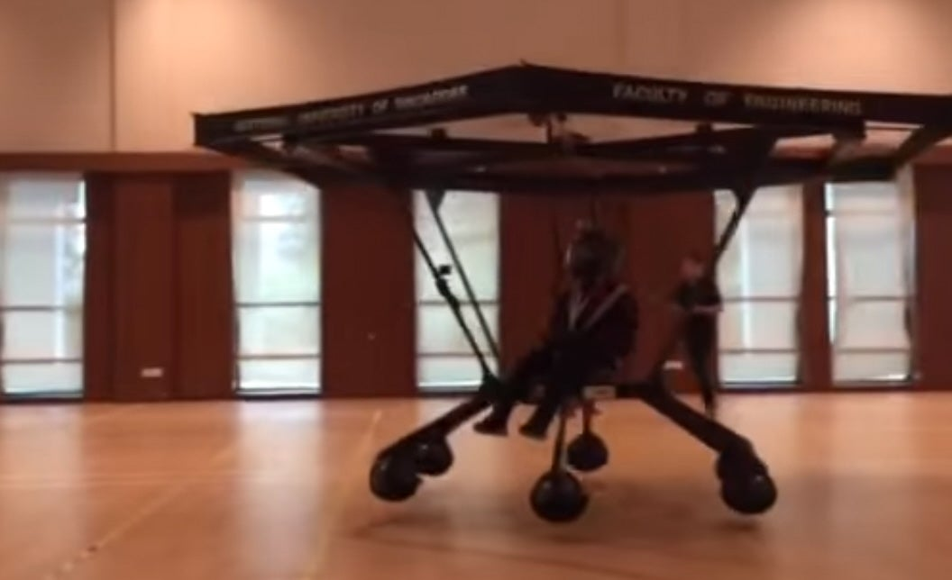 Watch A Personal Flying Machine Built By Students Take Off