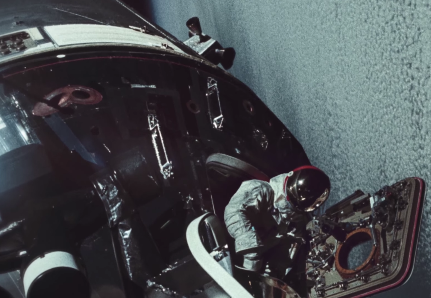 Watch Beautiful Videos Of NASA's Apollo Missions
