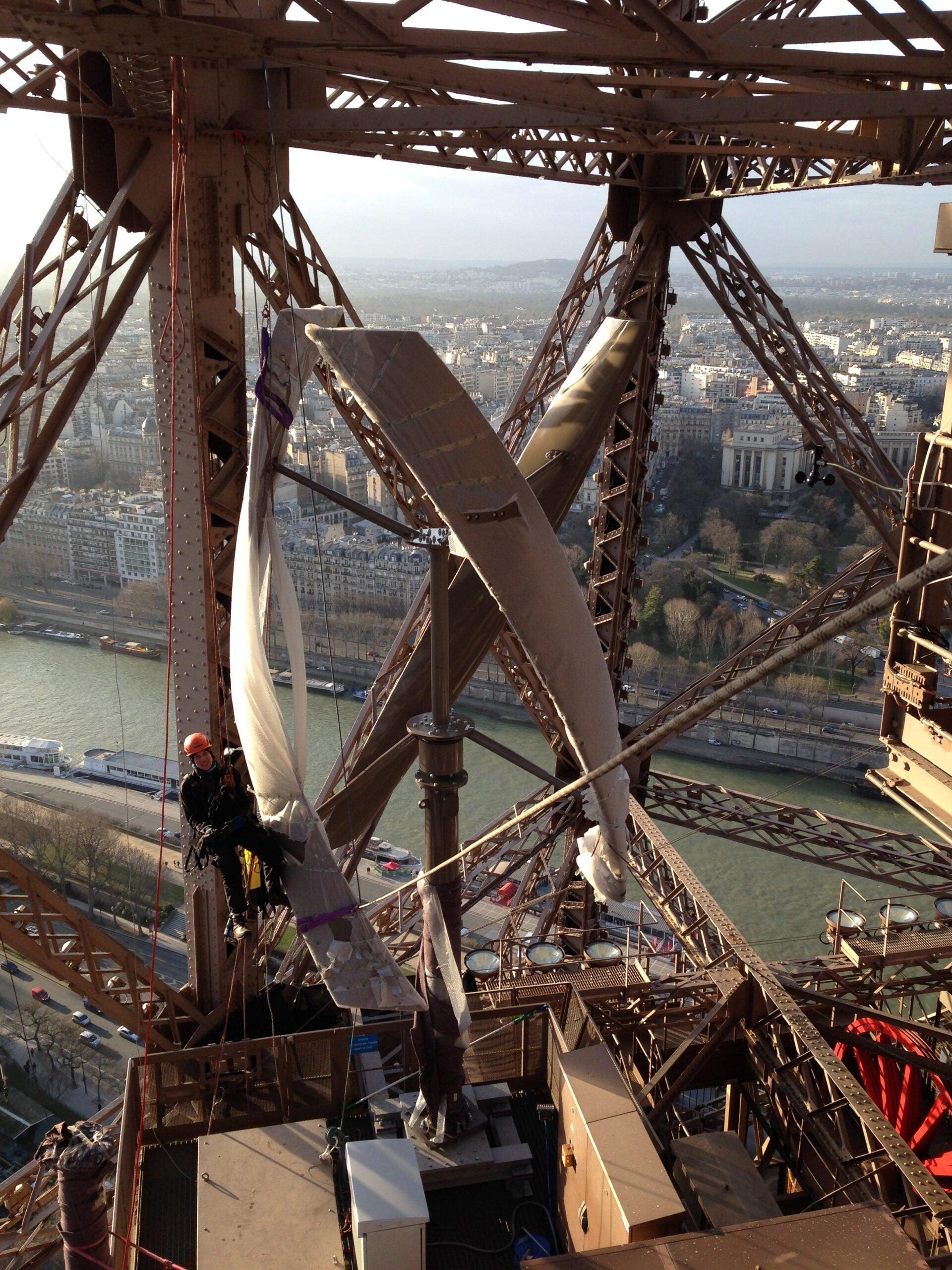 Installing Eiffel Tower's Wind Turbines