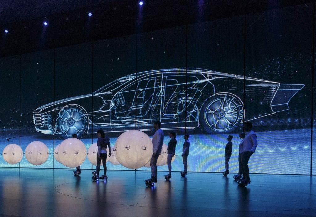 httpswww.popsci.comsitespopsci.comfilesimages201509mercedes-benz-intelligent-aerodynamic-automobile-concept-2015-frankfurt-auto-show_100527530_l.jpg