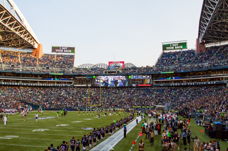 Scientists Will Monitor Seahawks Stadium For Fan-Induced Earthquakes