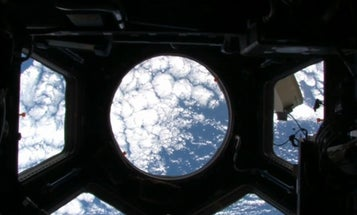 """See What Yuri Saw in """"First Orbit,"""" a Minute-by-Minute Recreation of His Historic Mission Shot From the ISS Window"""