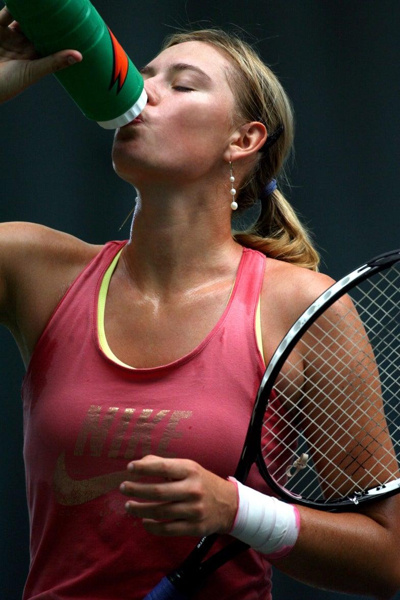 Inside Sharapova's Hydration Experiment