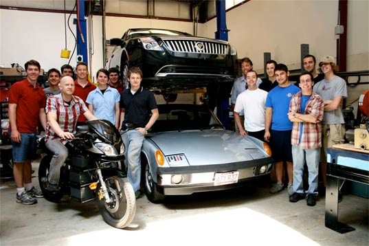 MIT's Project elEVen: an Electric Car That Recharges in Under 11 Minutes