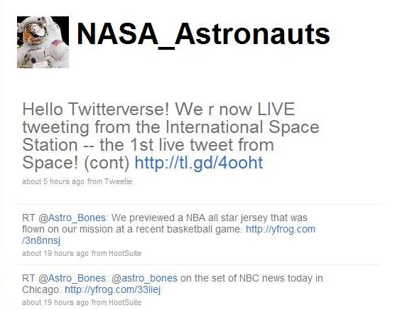 Astronauts Finally Get Internet Access on Space Station, Send First Tweet From Space