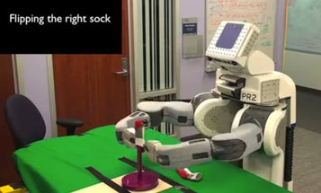 Willow Garage's PR2 Robot Achieves Another Laundry Landmark, This Time Cleverly Pairing Your Socks