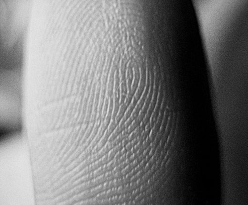 New Nanotech Fingerprint Analysis Promises to Uncover New Clues in Cold Cases