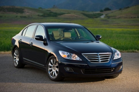 A $40,000 Hyundai? Luxuriating in the 2009 Genesis Sedan