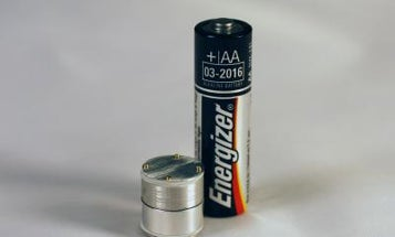 Tiny Mini-Generators Scavenge Energy From Ambient, Random Vibrations