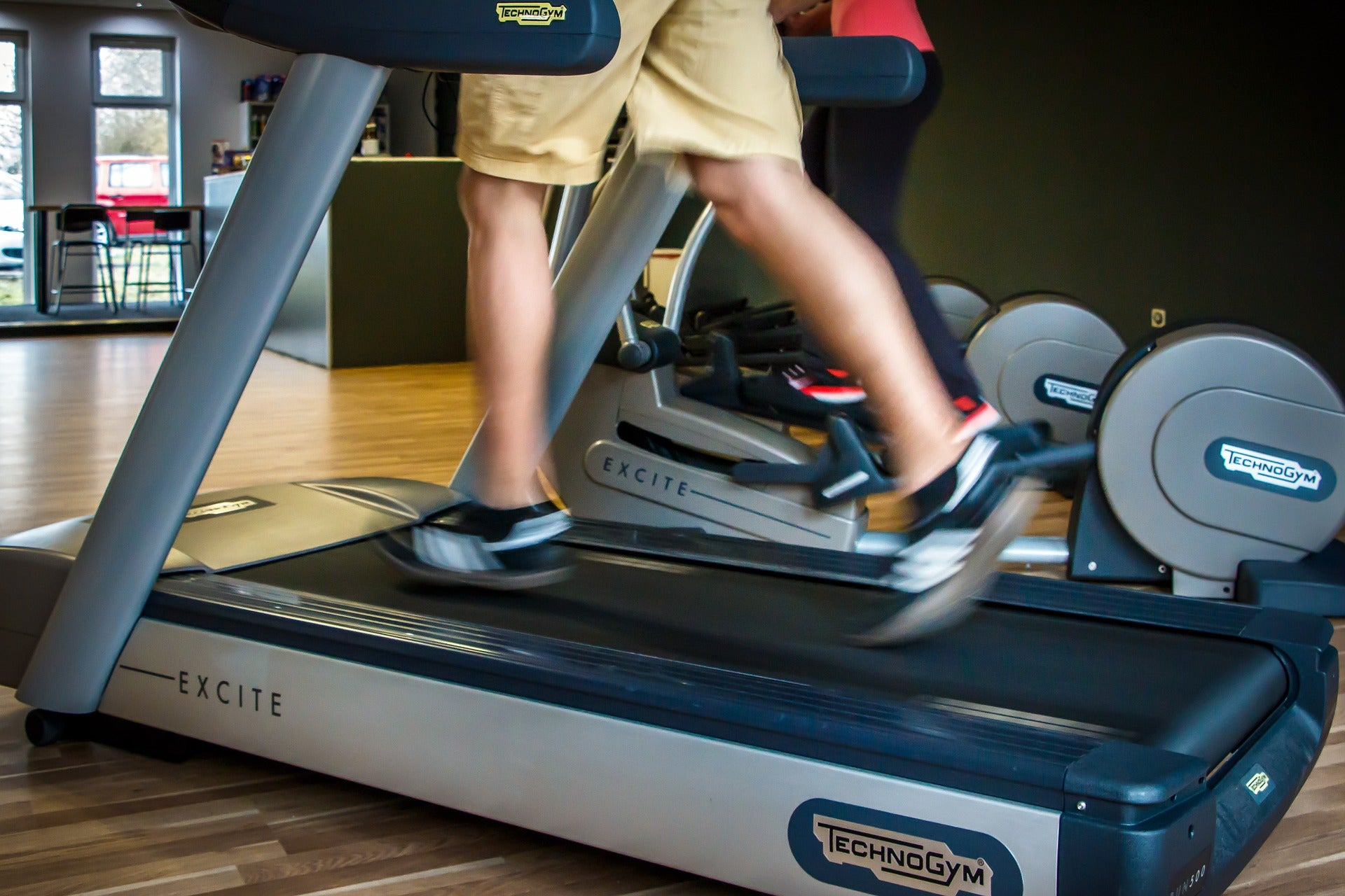 Cramming in all your exercise on the weekend is still good for your health