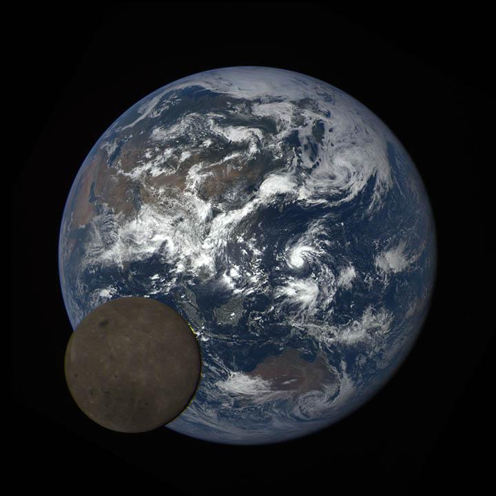 moon crossing the Earth