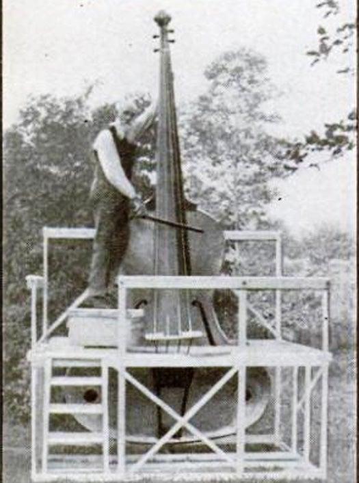 World's Largest Fiddle, April 1935