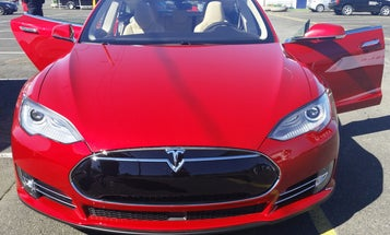 'Summon' Feature Lets Tesla Vehicles Park Themselves With No Driver In The Seat