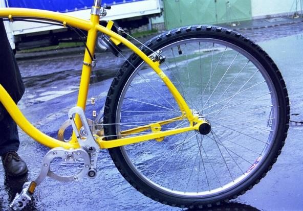 Chainless Bicycle Uses Wire and Pulley System, Eliminating Grease and Increasing Cool Factor