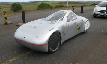 """""""Boozer"""" the Electric Car Smashes Distance Record, Driving 1,000 Miles on a Single Charge"""
