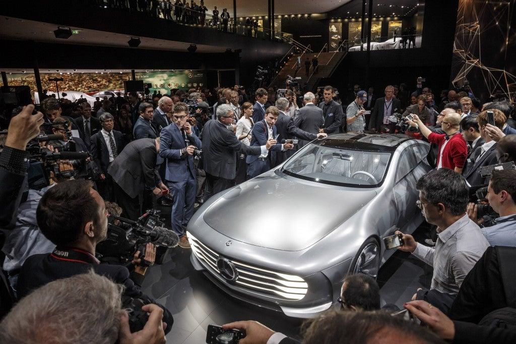 httpswww.popsci.comsitespopsci.comfilesimages201509mercedes-benz-intelligent-aerodynamic-automobile-concept-2015-frankfurt-auto-show_100527540_l.jpg