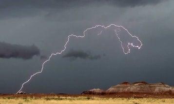 Lightning In National Park Looks Suspiciously Like A Dinosaur
