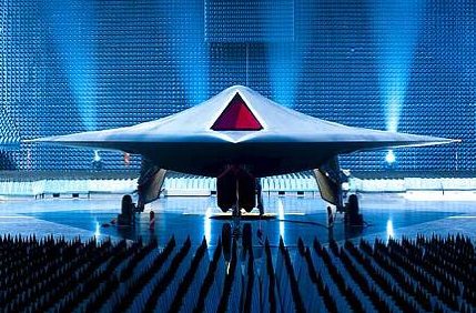 UK Unveils New Unmanned Strike Aircraft Taranis; First Test Flights Will Happen Next Year