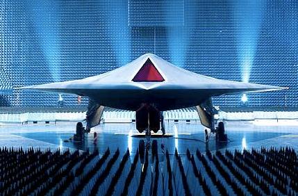 UK Unveils New Unmanned Strike Aircraft Taranis; First Test Flights Will Happen Next Year