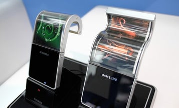 Samsung Thinks It'll Release Flexible OLED Displays Next Year