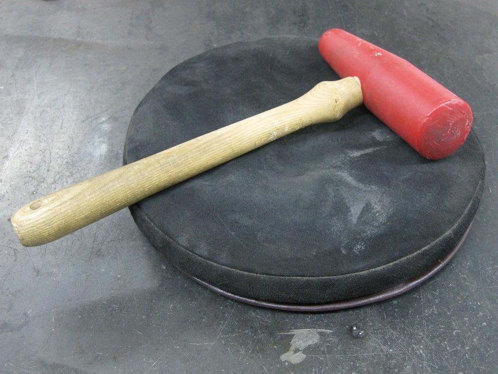 Video: Make a Metal Bowl with a Tree Stump and a Mallet