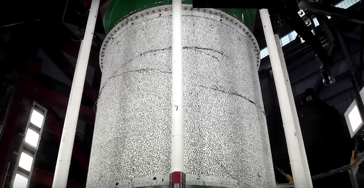 Watch This New Rocket Material Crack Under Almost A Million Pounds Of Pressure