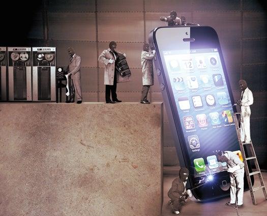 2013 Prediction: Hackers Attack Mobile Phones