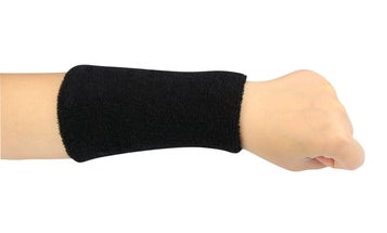 How to make a magnetic wristband for screws