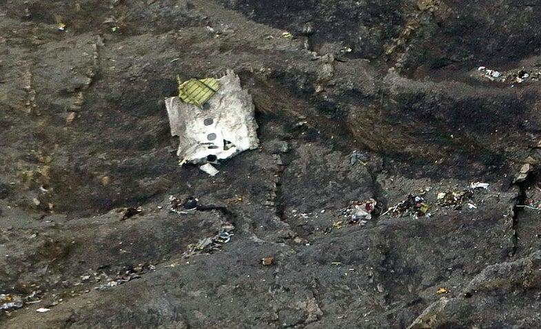 5 Possible Causes Of The Germanwings Jetliner Crash [Updated]