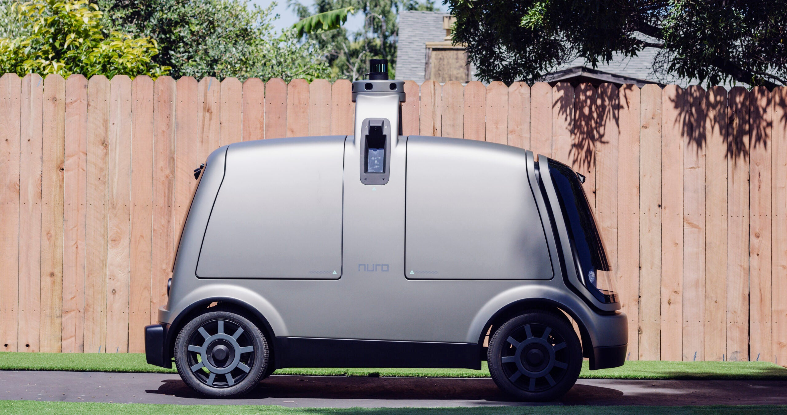 This self-driving grocery delivery car will sacrifice itself to save pedestrians