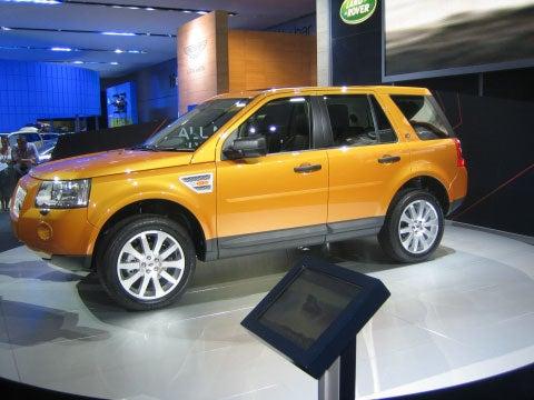 """""""Land-Rover"""