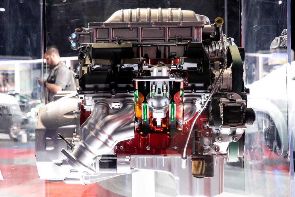 Dodge 6.2L HEMI V8